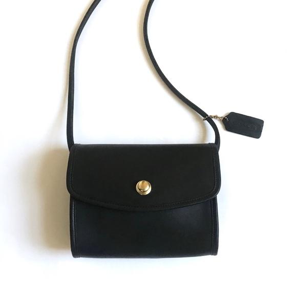 Coach Handbags - Vintage Coach Chrystie in Navy Blue
